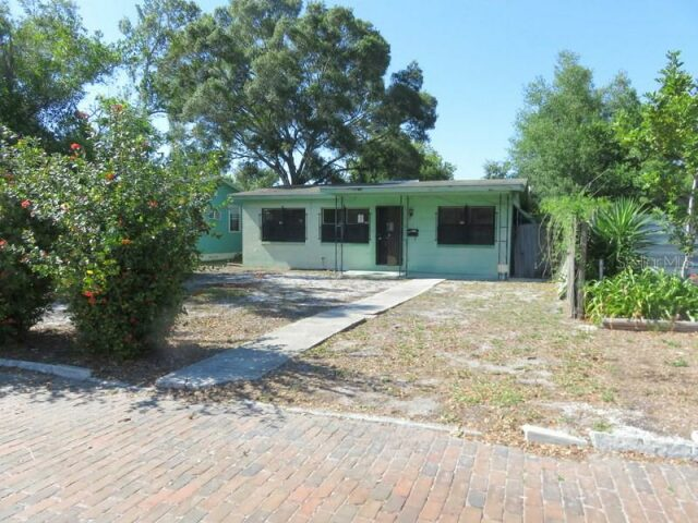 4829 4Th Avenue South St Petersburg, FL 33711